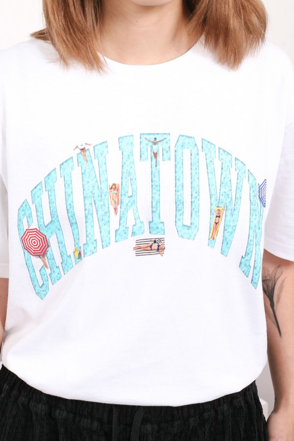 Chinatown Market Beach Arc Tee